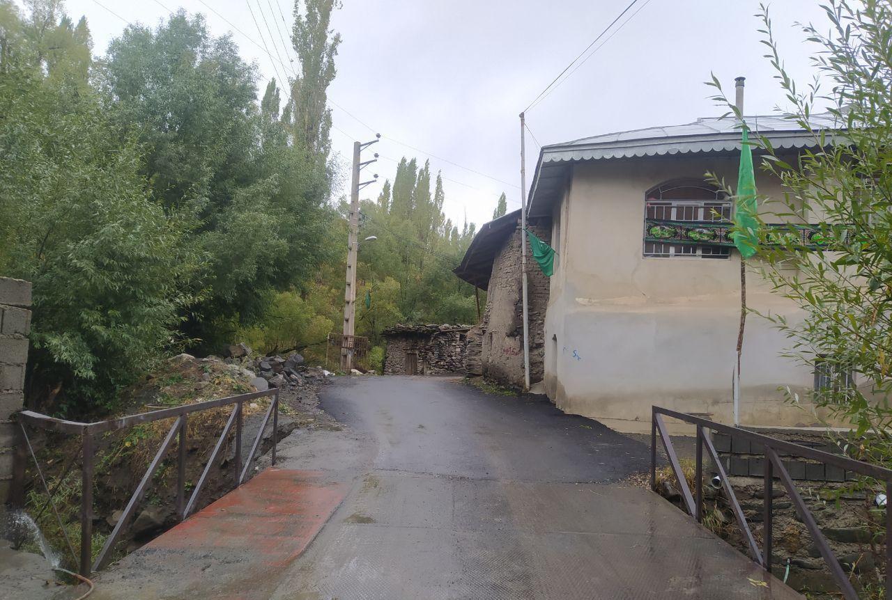 عریض نمودن پل ورودی روستا